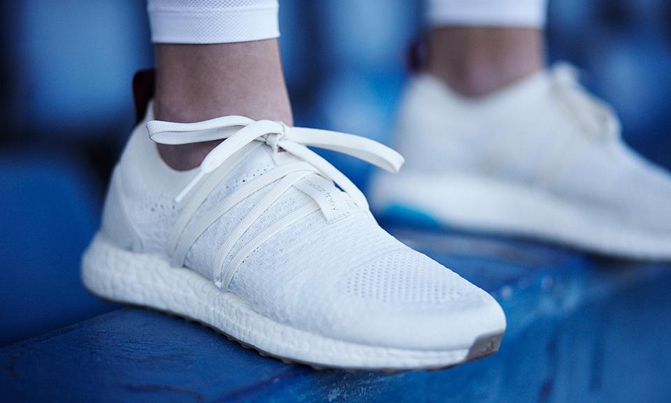Review cận cảnh đôi adidas làm từ rác thải đại dương đã có mặt tại Việt Nam: đẹp - nhẹ và đế ngoài siêu bền - Ảnh 3.