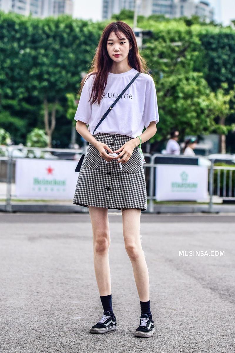 Street style Hàn Quốc cứ chất lừ như thế này bảo sao bạn trẻ nào cũng muốn bắt chước - Ảnh 2.