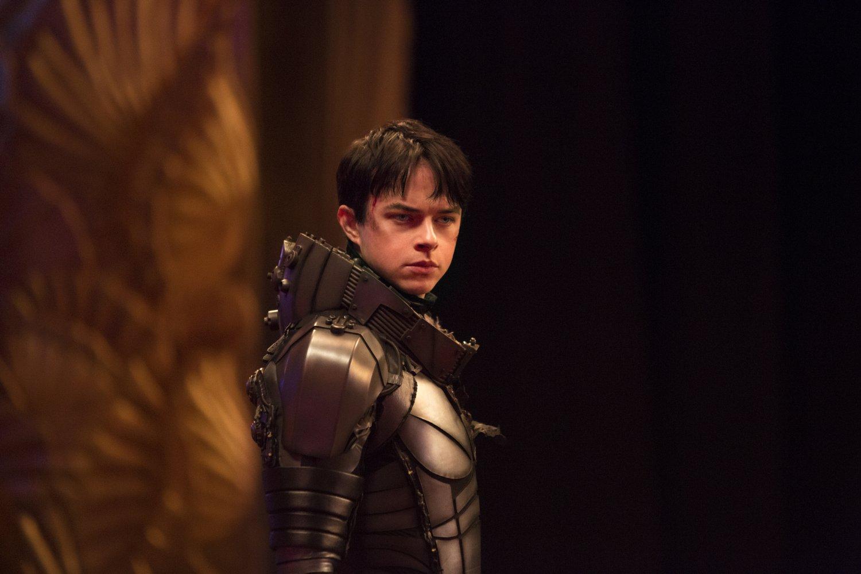 Valerian và Thành Phố Ngàn Hành Tinh - Ai cần nội dung phức tạp khi phim quá lộng lẫy - Ảnh 2.