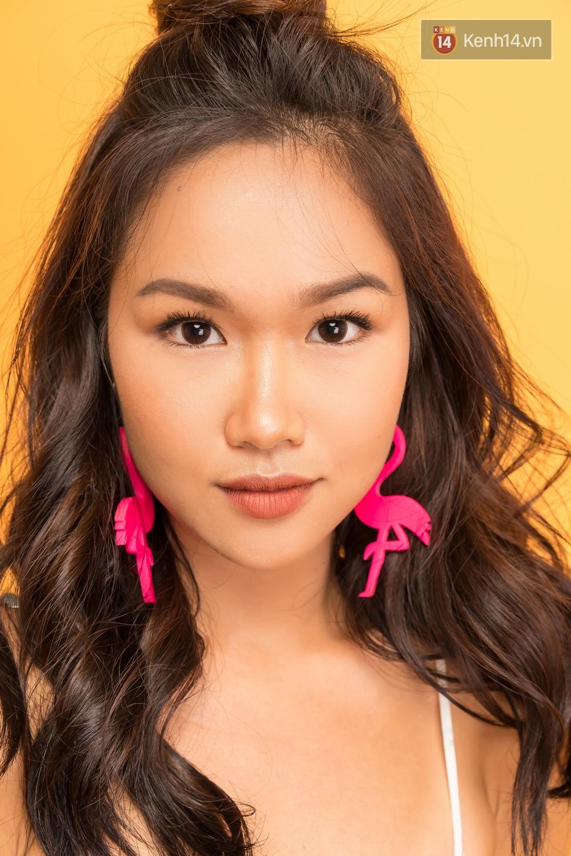 Clip: Bí kíp makeup không chảy, không đổ dầu mà vẫn có độ glow bóng khỏe cho ngày hè từ beauty blogger Trisha Đỗ - Ảnh 3.