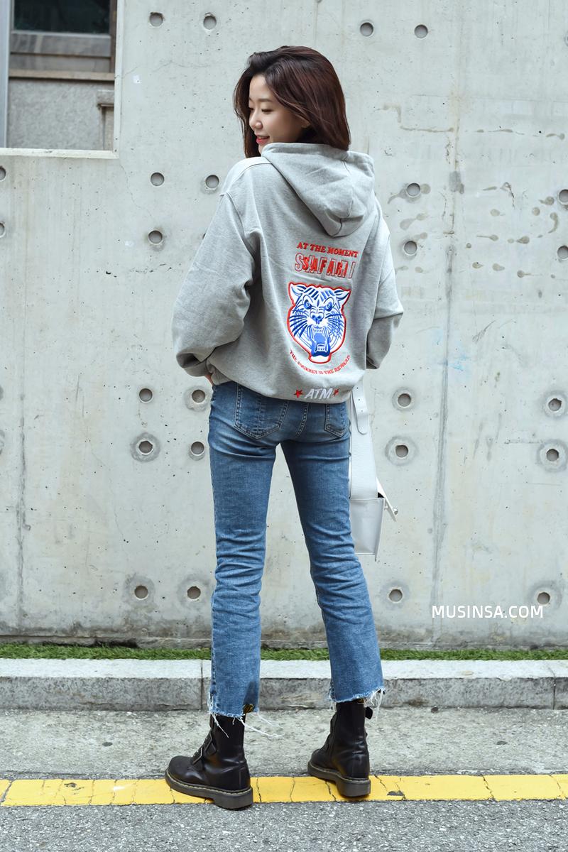 Giới trẻ Hàn lại mang đến cả tá gợi ý mặc đẹp mà chẳng cần cầu kỳ qua street style mãn nhãn - Ảnh 2.