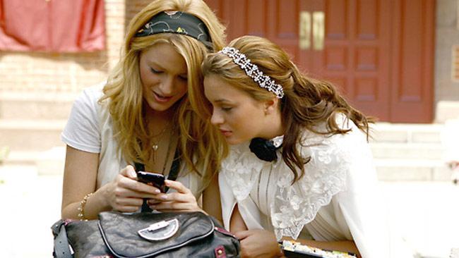 Gossip Girl và sự tiến hóa của nghề buôn chuyện trên mạng xã hội - Ảnh 2.