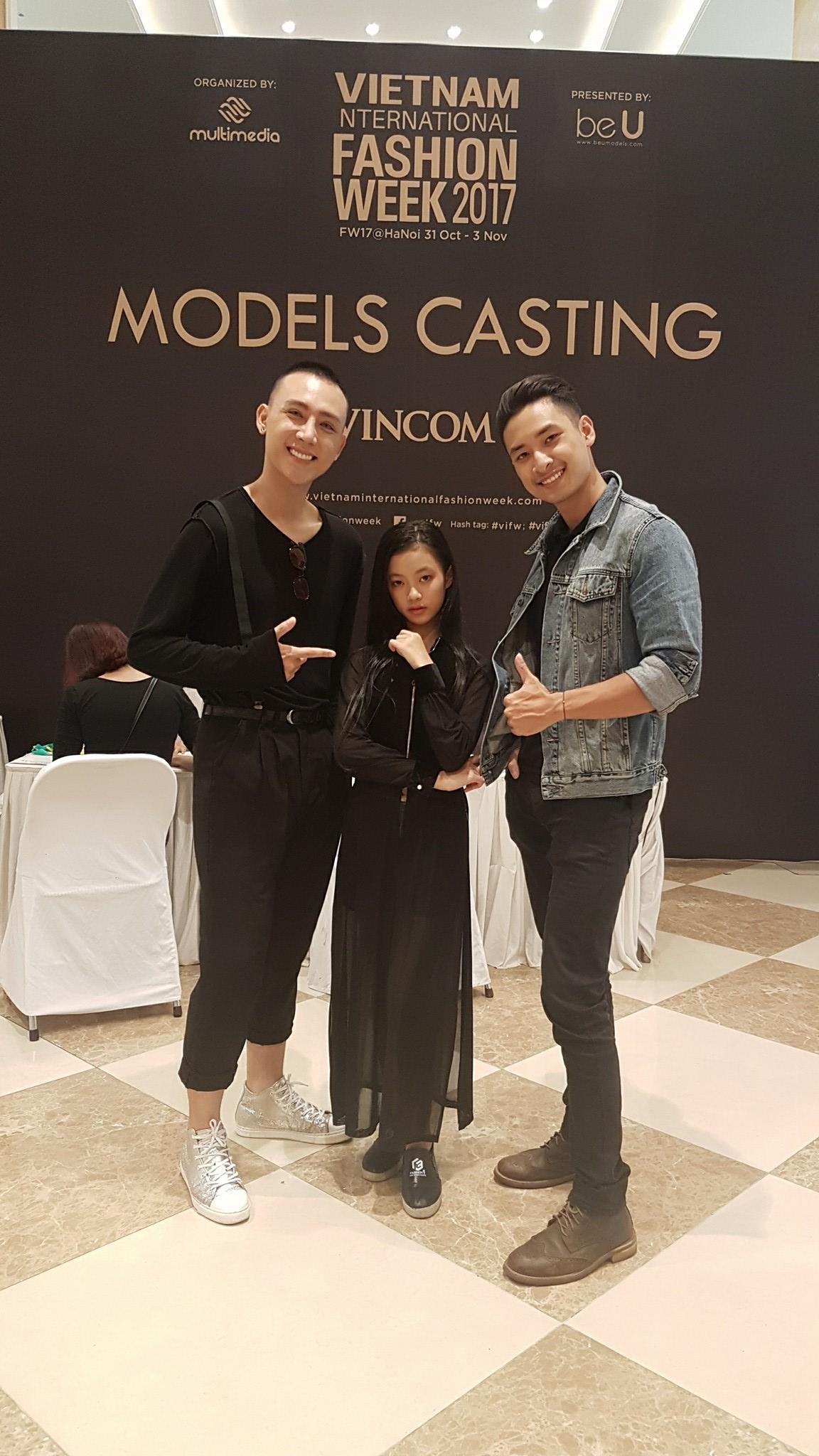 Mới 10 tuổi, cô bé này đã đăng ký casting Vietnam International Fashion Week và nổi bật lấn lướt người lớn với thần thái sắc lạnh - Ảnh 3.