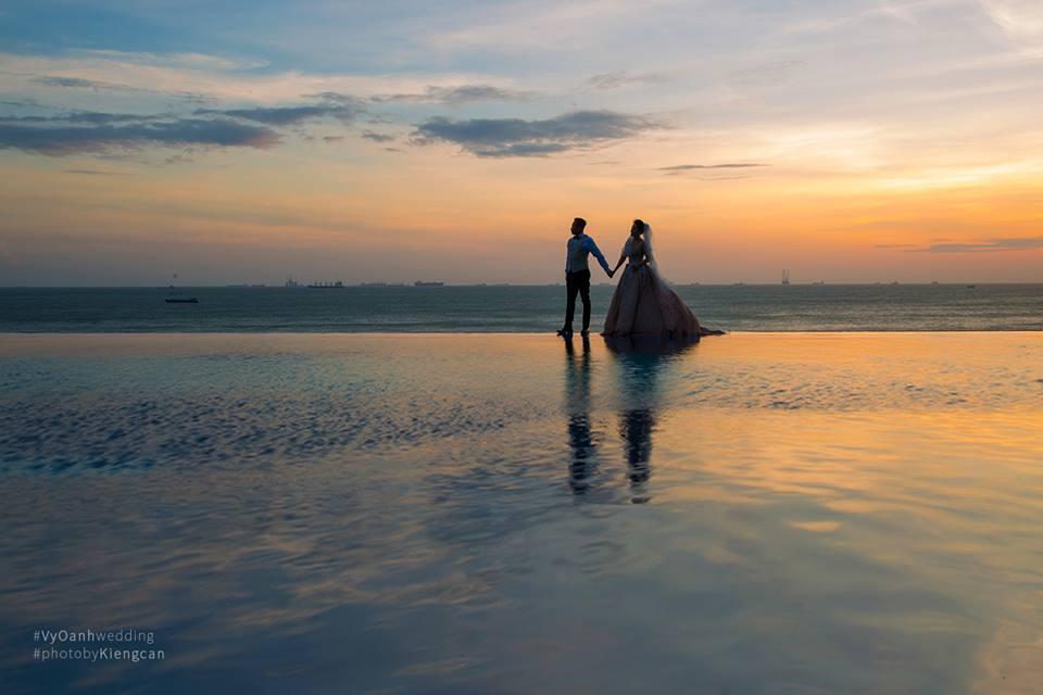 Hé lộ thêm ảnh cưới của Vy Oanh và chồng đại gia - Ảnh 2.