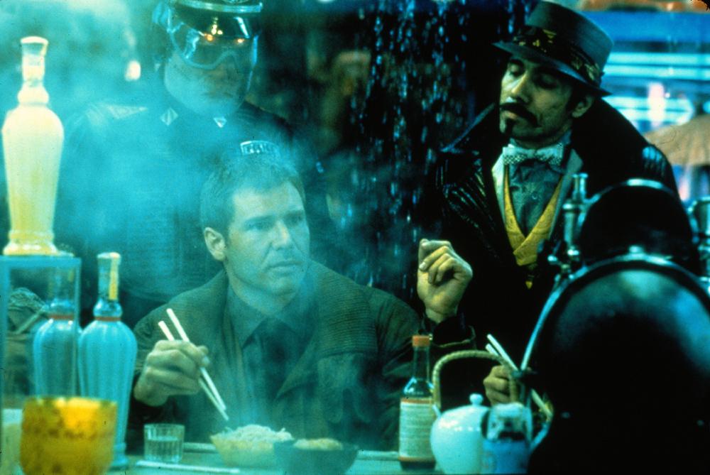 Blade Runner (1982) - Đầy lỗ hổng nhưng vẫn là một kiệt tác của thời đại - Ảnh 2.