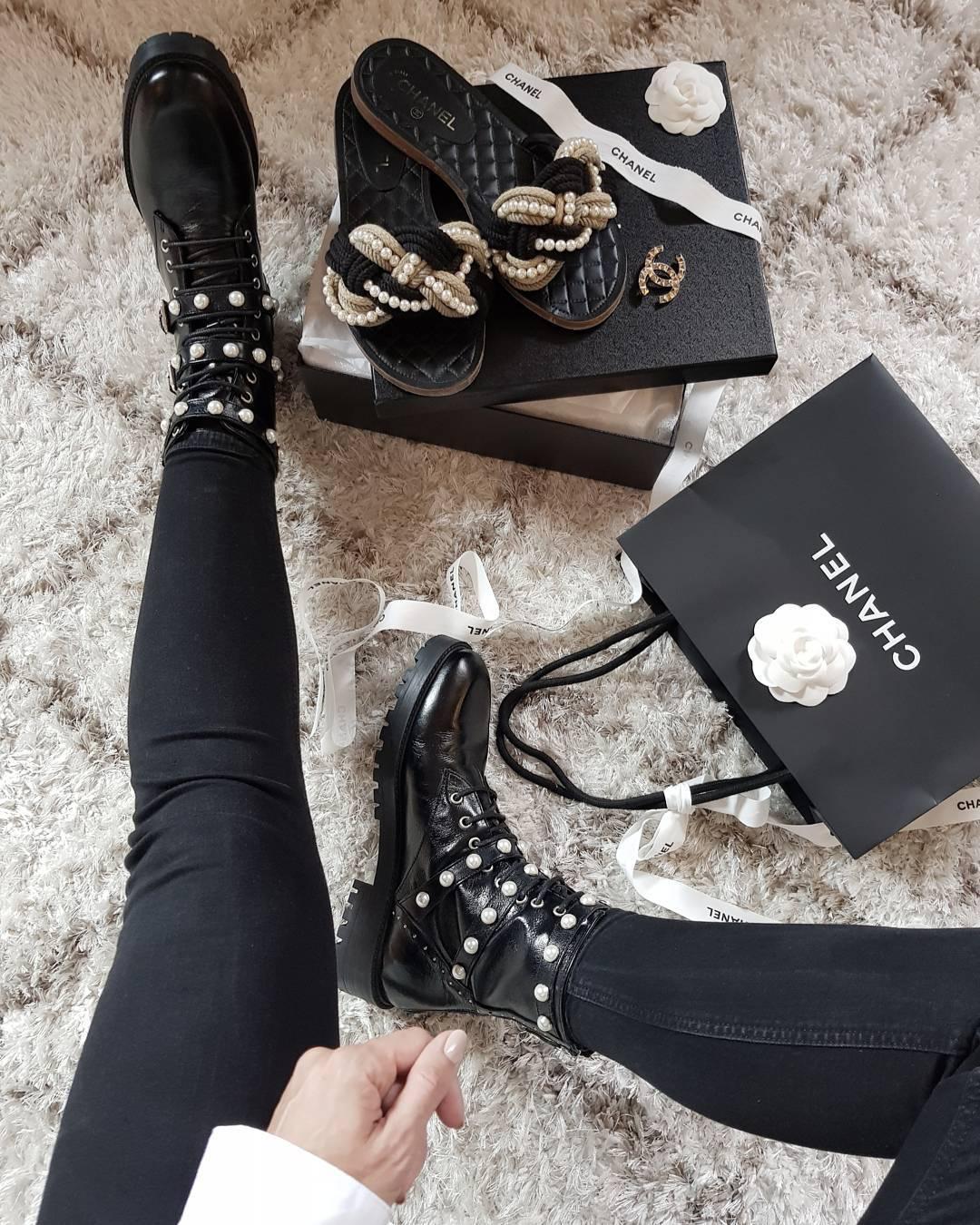 Đôi boots vừa bụi vừa sang chảnh công chúa này đang là món đồ hot nhất của Zara, tưởng chừng cả Instagram đều đang diện nó - Ảnh 1.