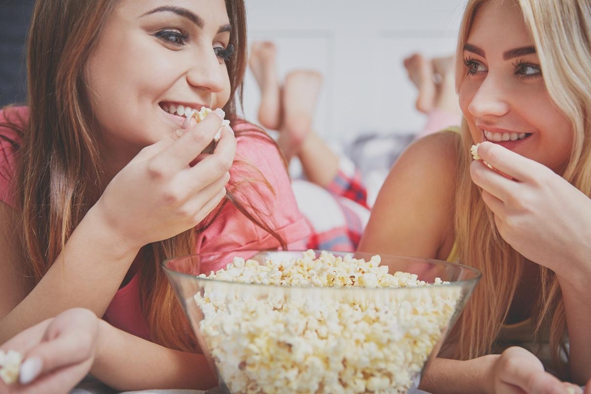 Hội thích ăn bỏng ngô nên vui vì điều này: Bỏng ngô thật sự tốt cho sức khỏe - Ảnh 1.