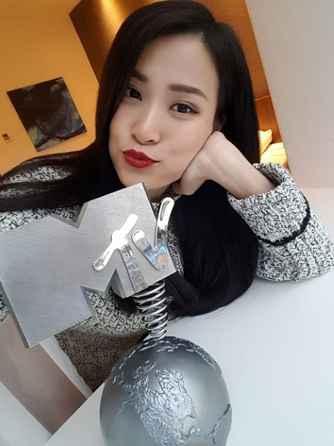 Không riêng Đàm Vĩnh Hưng, những ca sĩ Việt này cũng từng vướng phải lùm xùm khi tham dự giải thưởng MTV EMA - Ảnh 4.