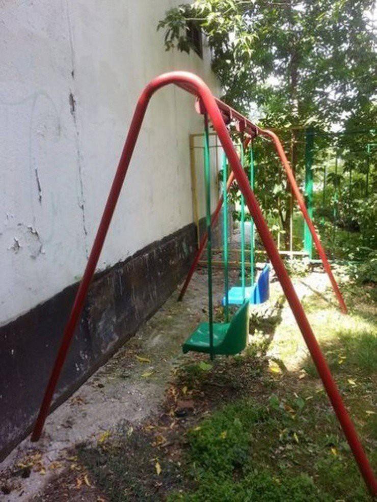12 thảm họa sân chơi trẻ em của những kiến trúc sư không có tâm cho lắm - Ảnh 9.