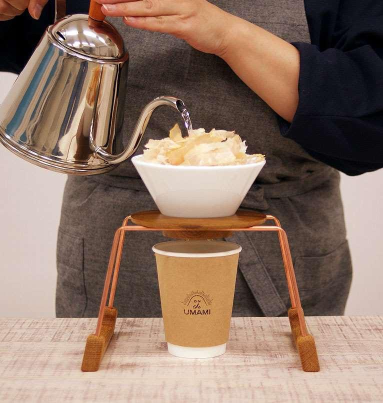 Nhật Bản có một món đồ uống nhìn qua tưởng là cà phê mà hoá ra không phải - Ảnh 2.