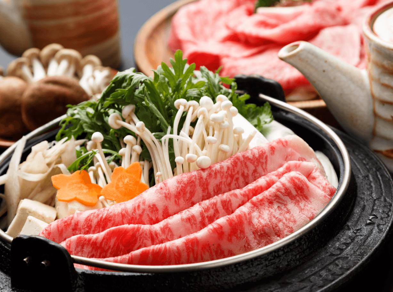 Mê ẩm thực Nhật Bản mà không biết món Sukiyaki hấp dẫn này thì quả là đáng tiếc - Ảnh 2.