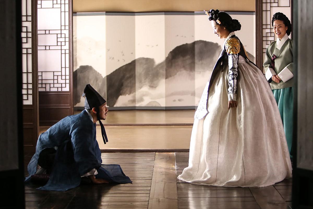 Từ hanbok tới thời trang hiện đại: Mãn nhãn với 8 phim Hàn có trang phục đẹp nhất màn ảnh - Ảnh 5.