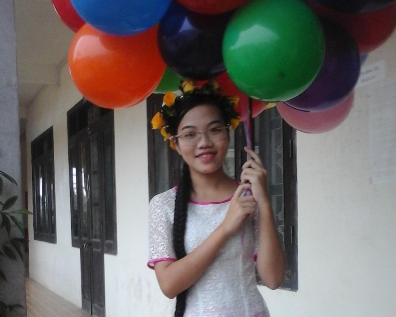 Cô gái vàng Vật lý lớn lên từ gánh phở trở thành nữ sinh duy nhất đạt gương mặt trẻ Việt Nam tiêu biểu - Ảnh 2.