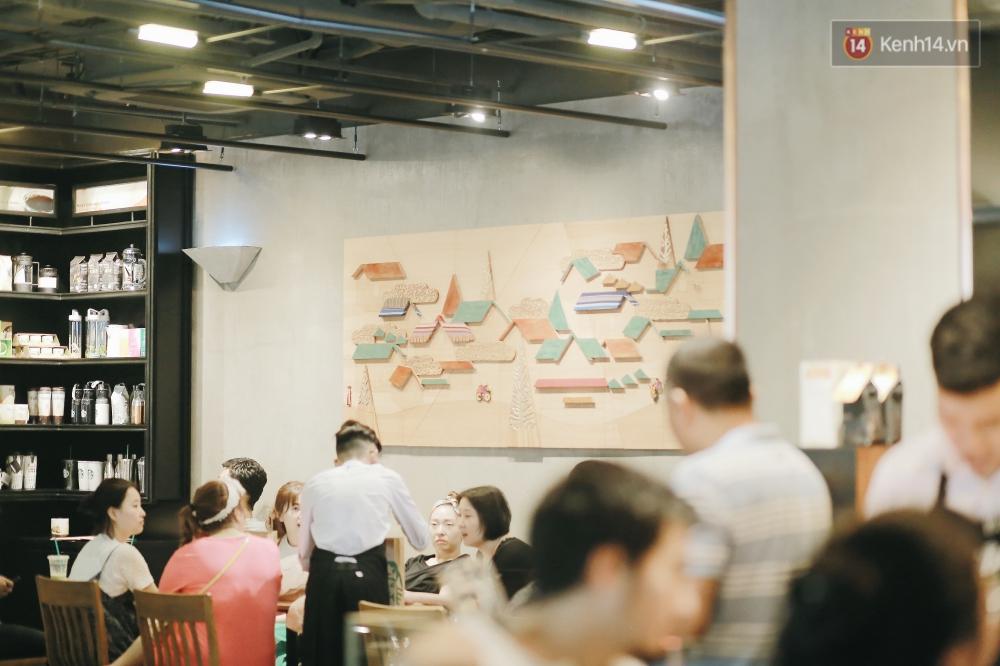 Một quán Starbucks hoành tráng đã thay thế Highlands Nhà Thờ - nơi bao hot boy, hot girl Hà Nội đã từng check-in! - Ảnh 5.