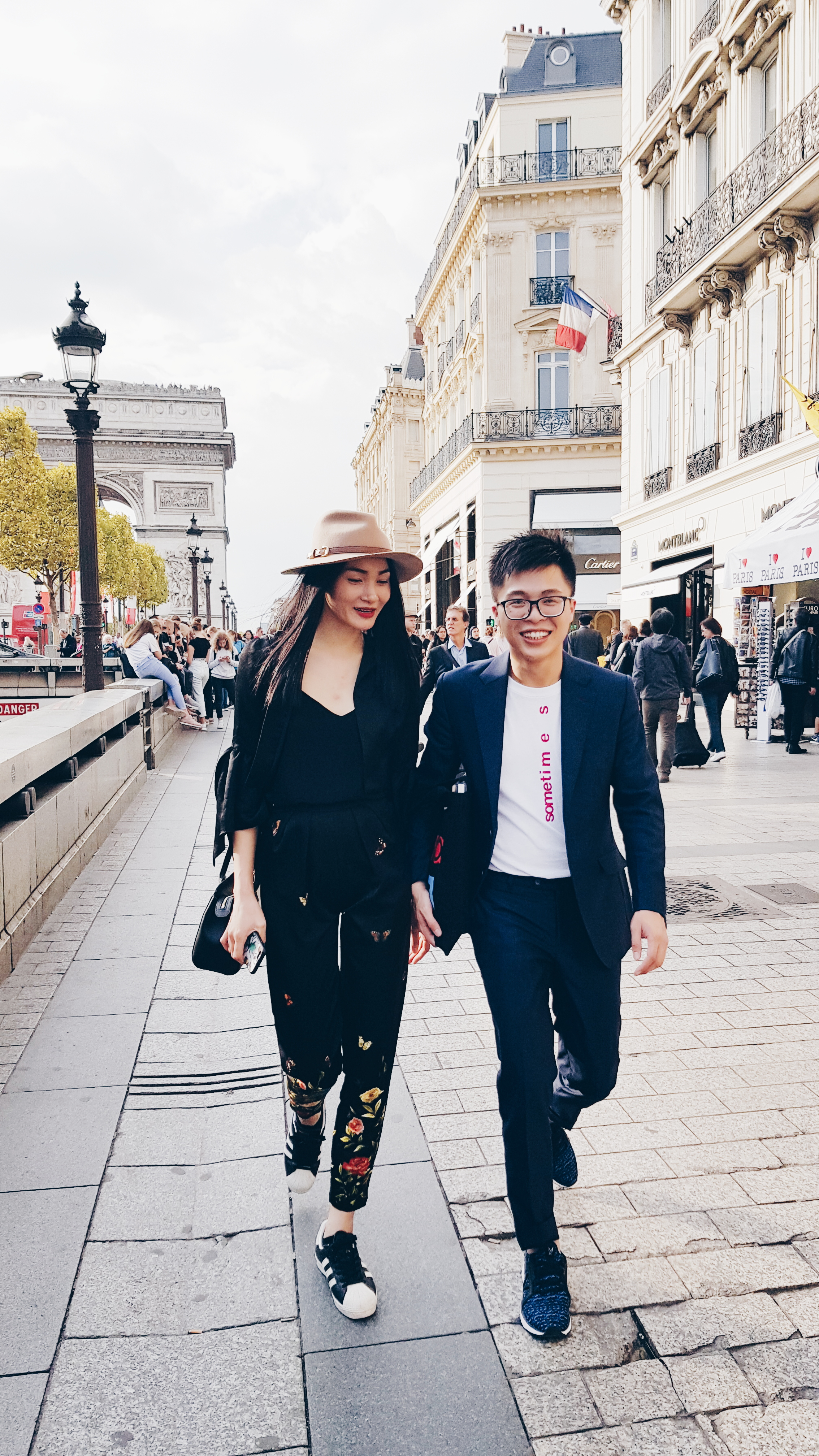 Đặng Hữu Quốc Văn – từ SV Ngoại thương, tới quản lý truyền thông của siêu mẫu và kỳ thực tập trong mơ tại Paris Fashion Week - Ảnh 12.
