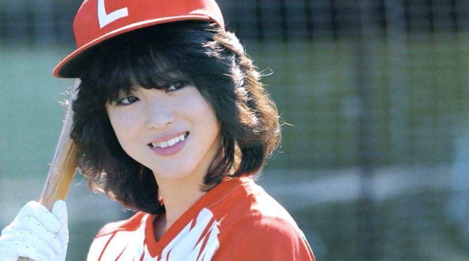 Hơn 30 năm trước tại Nhật đã xuất hiện mỹ nhân hội tụ vẻ đẹp của cả Sulli, Seolhyun và Park Bo Young - Ảnh 2.