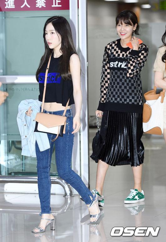 Cuộc chiến nhan sắc sân bay: SNSD có đủ sức đánh bại được chân dài đình đám Seolhyun (AOA)? - Ảnh 8.