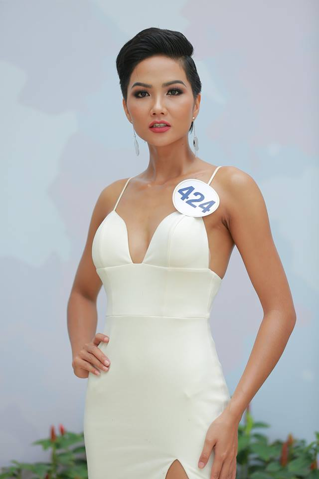 Hoàng Thùy - Mâu Thủy phong cách đối lập trong ngày thi phỏng vấn Hoa hậu Hoàn vũ - Ảnh 6.
