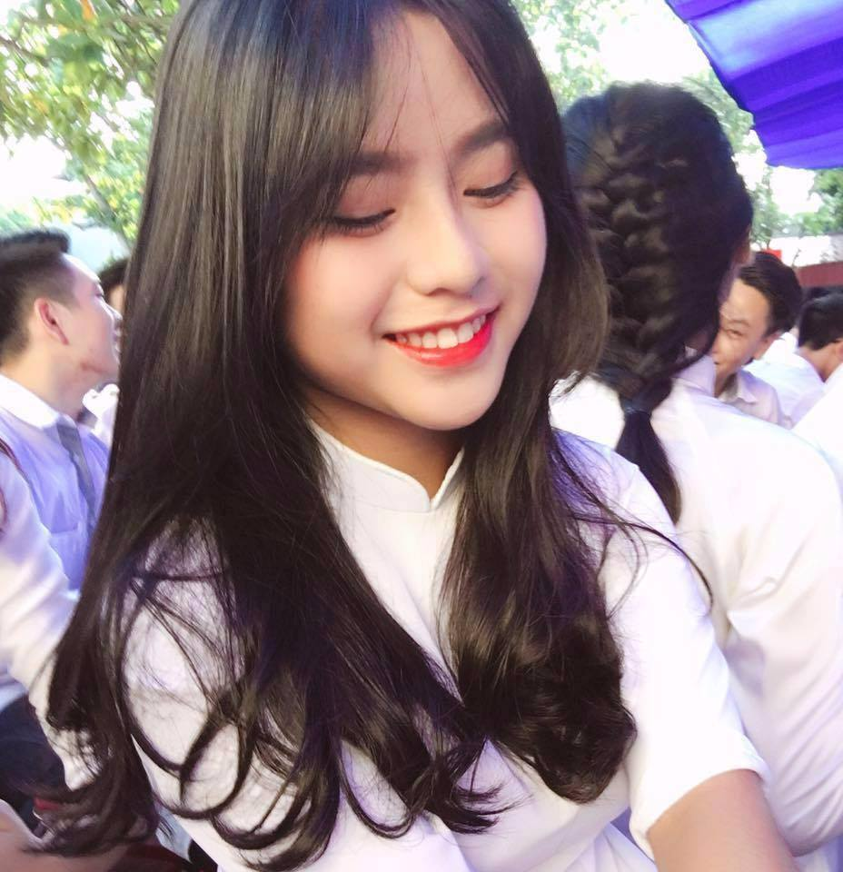Nữ sinh THPT Hưng Yên gây sốt nhờ nụ cười trong veo - Ảnh 6.
