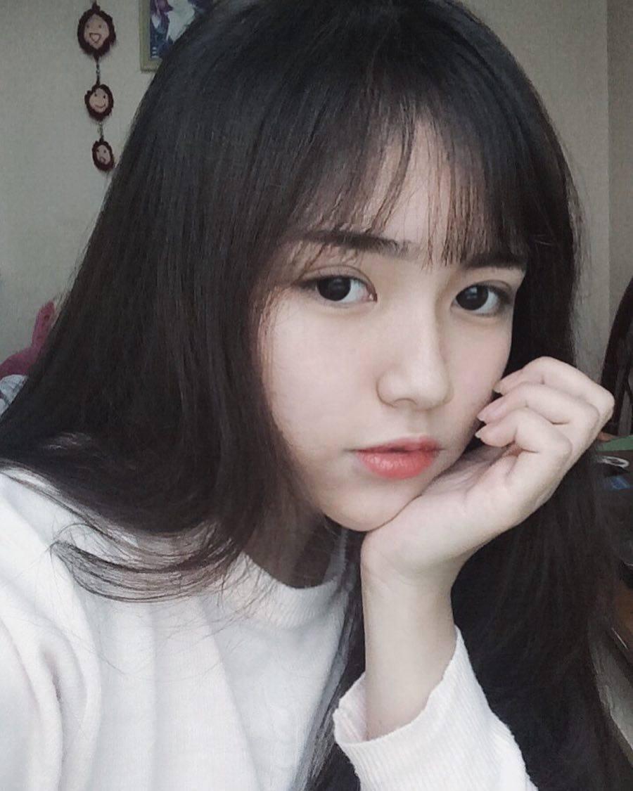 Mặt xinh, dáng đẹp, Hương Phạm cô người mẫu ảnh không