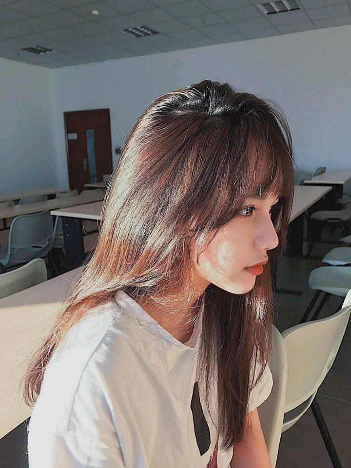 Góc nghiêng của hot girl đình đám và gái xinh trên Facebook: Ai đẹp hơn? - Ảnh 15.