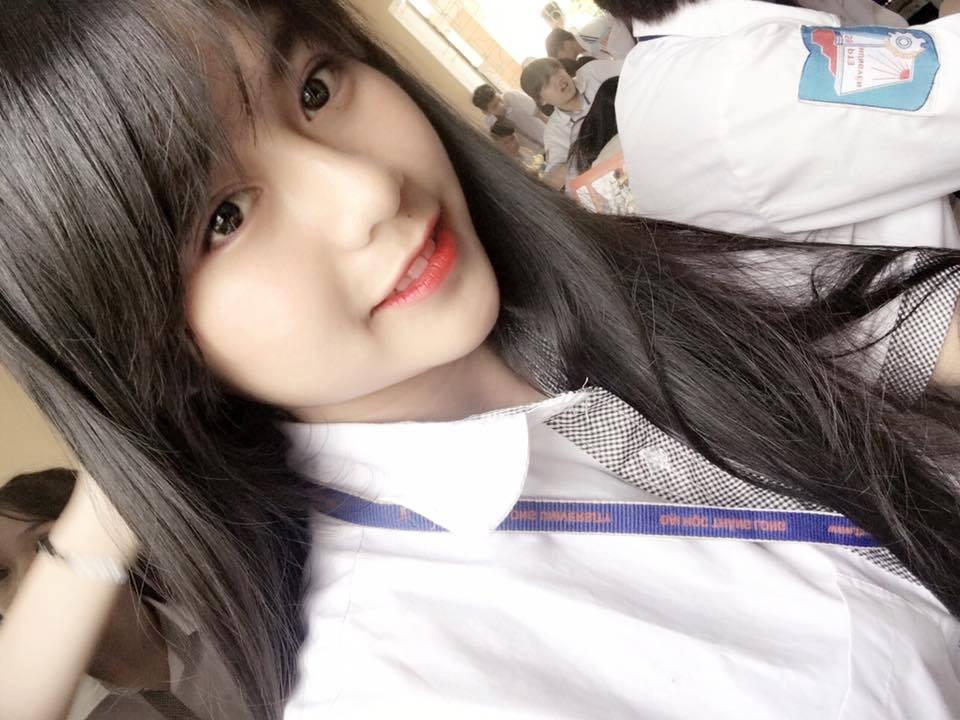 Nữ sinh THPT Hưng Yên gây sốt nhờ nụ cười trong veo - Ảnh 3.
