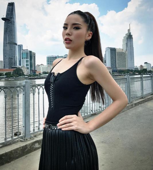 The Look: Phạm Hương - Kỳ Duyên - Minh Tú biến hóa khôn lường qua loạt hình hậu trường - Ảnh 4.