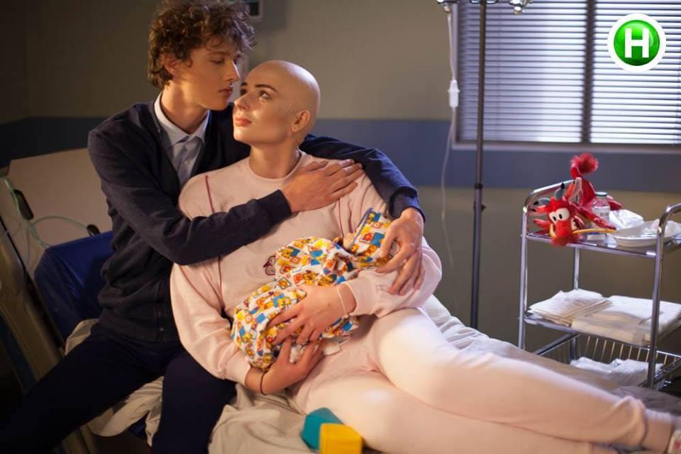 Next Top Ukraine chụp hình về bệnh nhân ung thư nhưng quá ẩu, mất hết cả ý nghĩa tốt đẹp - Ảnh 2.