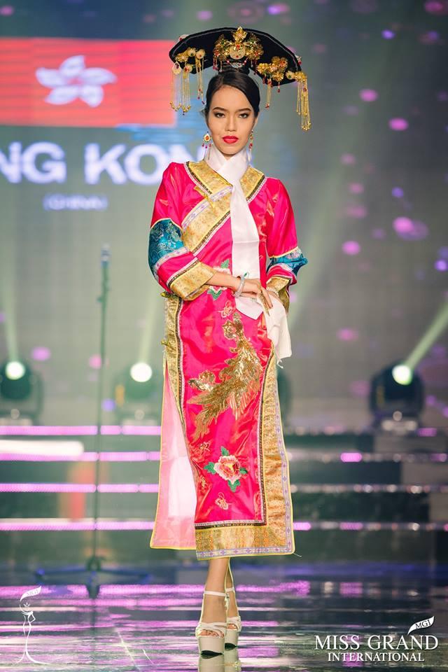 """Thí sinh Hong Kong bị cho là """"phiên bản lỗi"""" của Lan Khuê tại Miss Grand International 2017"""