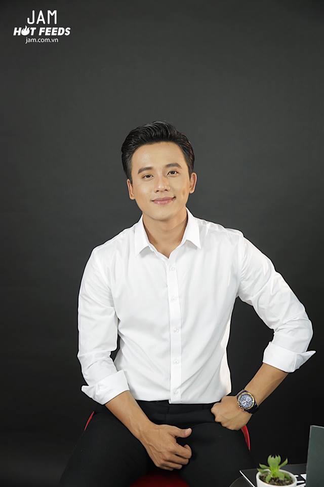 Mai Tài Phến xác nhận chỉ là bạn với Hương Tràm sau thời gian tìm hiểu khi đóng MV Em gái mưa - Ảnh 2.