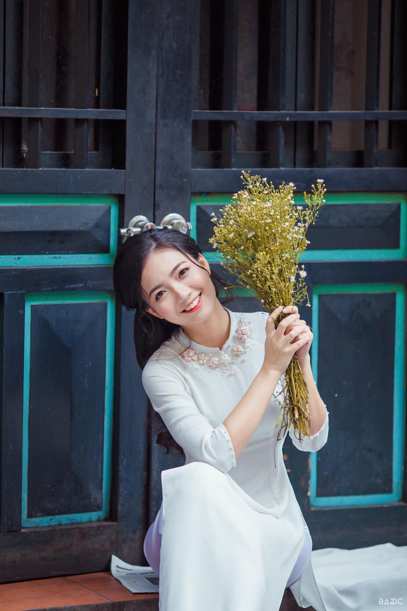 Hoa khôi, Á khôi tài sắc vẹn toàn chọn trở thành cô giáo, giảng viên ĐH - Ảnh 1.