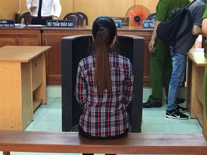 Vụ cô gái ở Sài Gòn bị tăng án vì đâm chết kẻ sàm sỡ: Tự vệ như thế nào để không vi phạm pháp luật? - Ảnh 3.