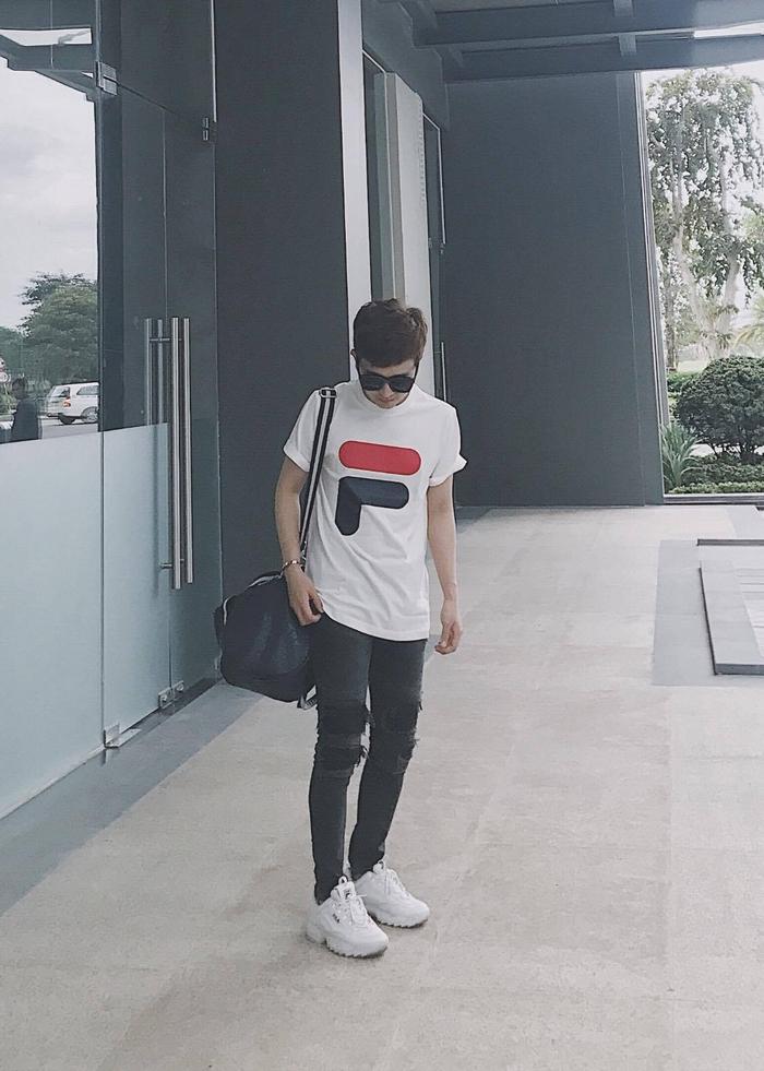 Giới trẻ châu Á người người nhà nhà đang diện T-shirt và sneaker Fila chất phát ngất ra sao? - Ảnh 13.