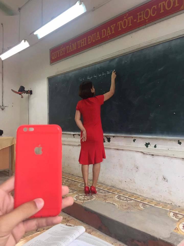 Xem xong bộ ảnh mix&match bá đạo trang phục của giáo viên, chỉ còn biết quỳ! - Ảnh 5.