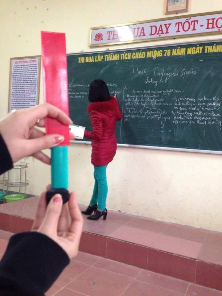 Xem xong bộ ảnh mix&match bá đạo trang phục của giáo viên, chỉ còn biết quỳ! - Ảnh 10.