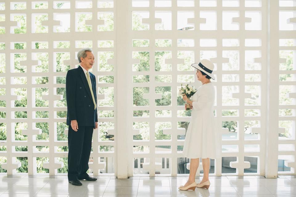 Bộ ảnh cưới đầu tiên sau 45 năm kết hôn và chia sẻ xúc động của cựu CEO Uber Việt Nam cho bố mẹ - Ảnh 7.