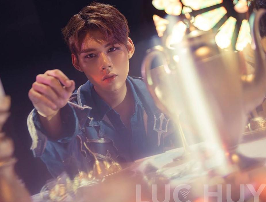 """Uni5 chính thức công bố thành viên cuối cùng, hoàn thiện đội hình """"6 nam thần"""" hứa hẹn gây sốt Vpop cuối năm!"""