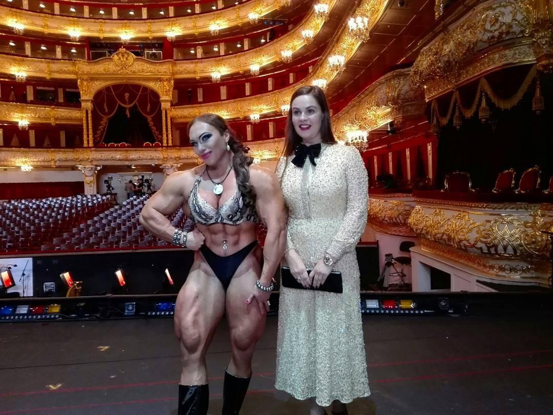 Cơ bắp cuồn cuộn của nữ VĐV thể hình vô địch châu Âu - Ảnh 6.