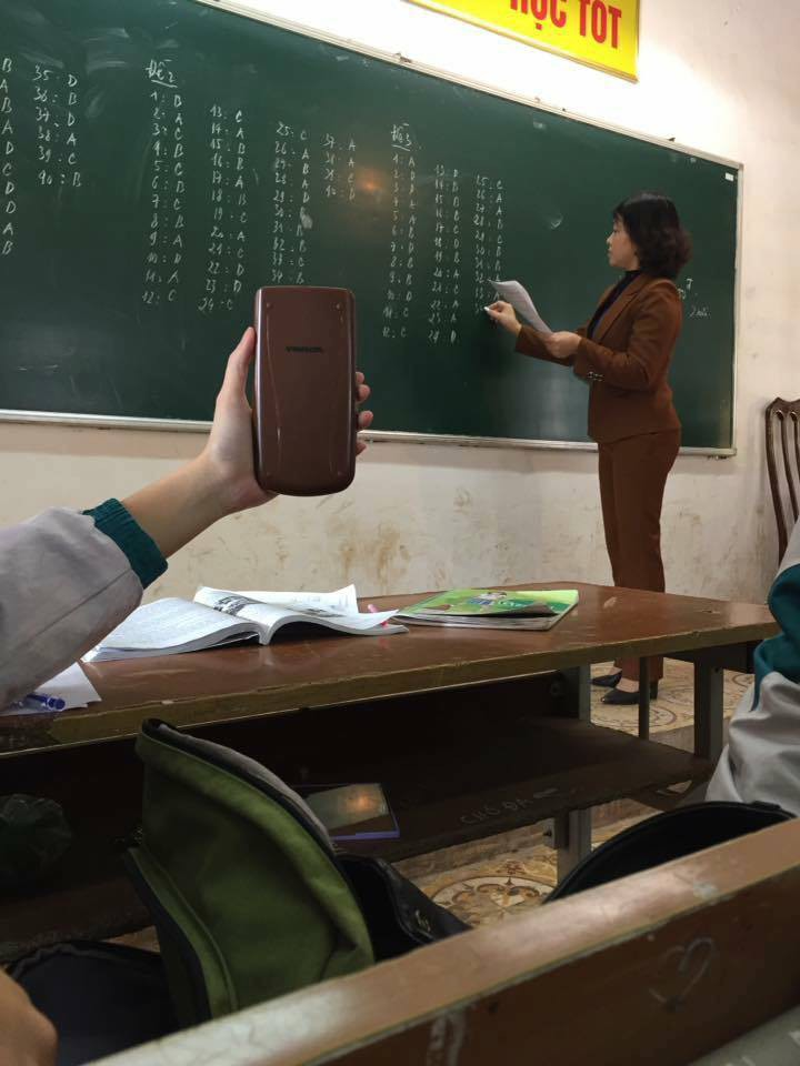 Xem xong bộ ảnh mix&match bá đạo trang phục của giáo viên, chỉ còn biết quỳ! - Ảnh 4.