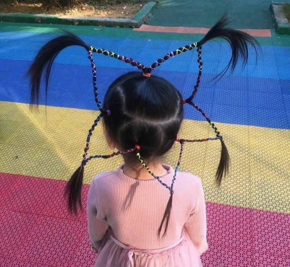 Em bé có kiểu tóc hình ngôi sao hot nhất trên Facebook ngày hôm nay - Ảnh 1.