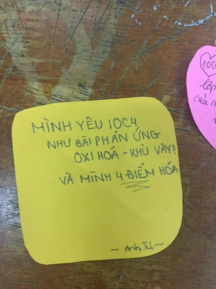 Cảm nghĩ về lớp mình: Yêu lớp như yêu Chipu nhưng lại là fan Hương Tràm! - Ảnh 1.