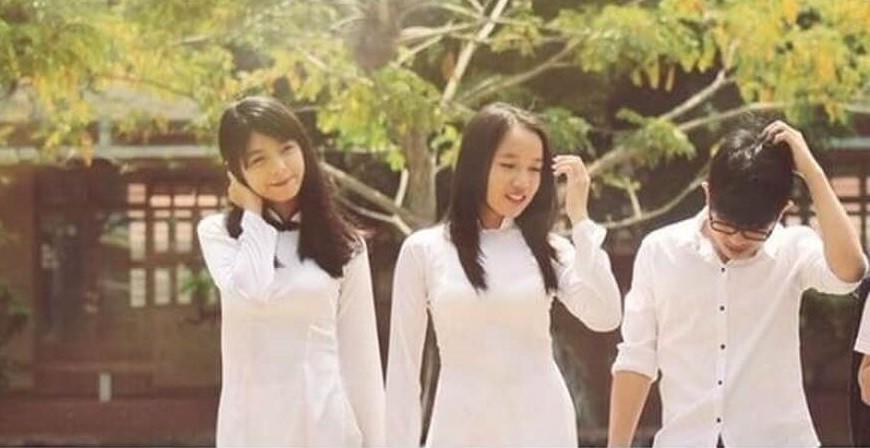 Hình ảnh mũm mĩm, ngố tàu của hot girl Việt thời còn là học sinh cấp 3 - Ảnh 19.