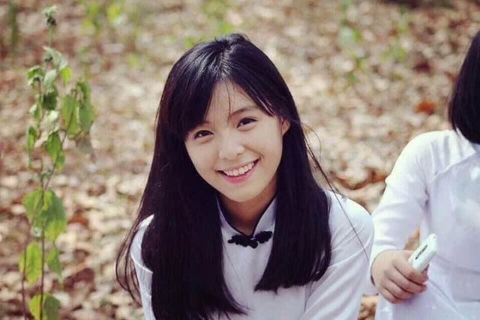 Hình ảnh mũm mĩm, ngố tàu của hot girl Việt thời còn là học sinh cấp 3 - Ảnh 18.