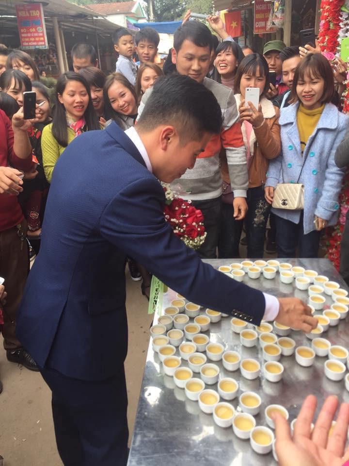Đám cưới độc ở Lạng Sơn: Nhà trai uống hết 100 chén rượu mới được vào đón dâu gây xôn xao - Ảnh 3.