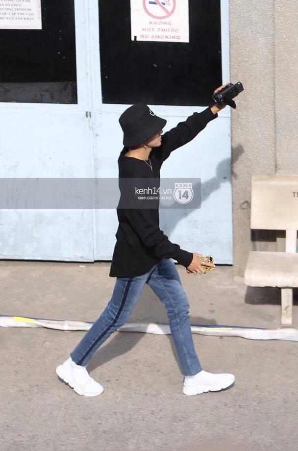 Vừa rời sân bay, Seventeen và Samuel đã đến ngay Nhà hát Hòa Bình để tổng duyệt MAMA 2017 giữa trưa nắng - Ảnh 19.
