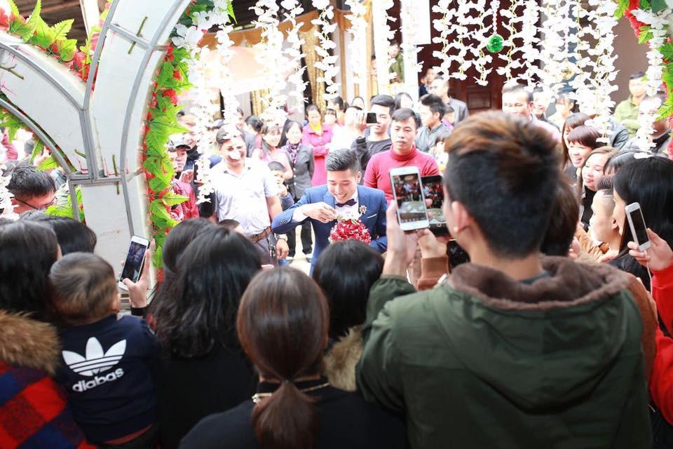 Đám cưới độc ở Lạng Sơn: Nhà trai uống hết 100 chén rượu mới được vào đón dâu gây xôn xao - Ảnh 4.