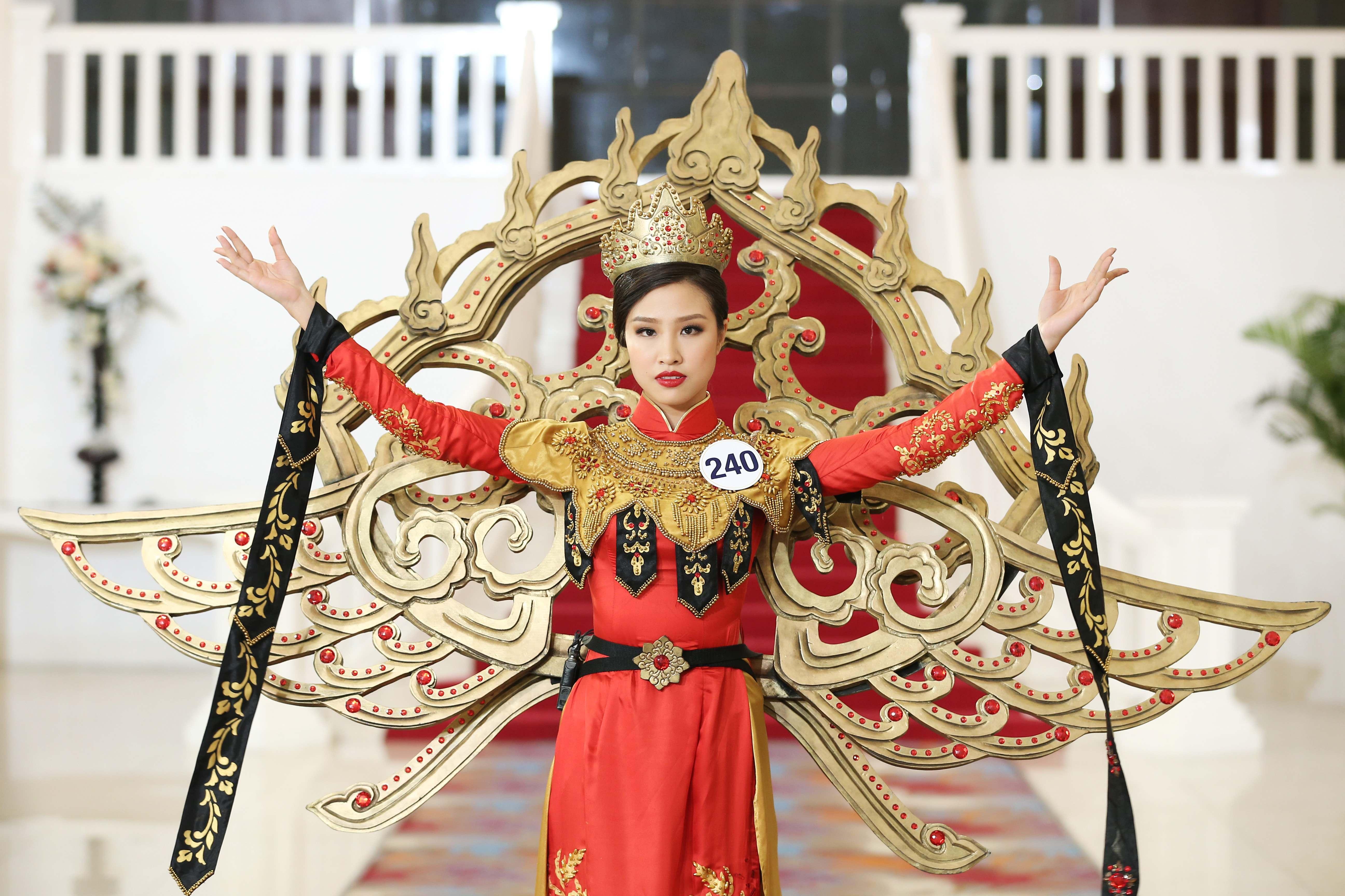 Đâu chỉ có Mai Ngô, các cô gái này cũng không phục Phạm Hương tại Hoa hậu Hoàn vũ Việt Nam - Ảnh 5.
