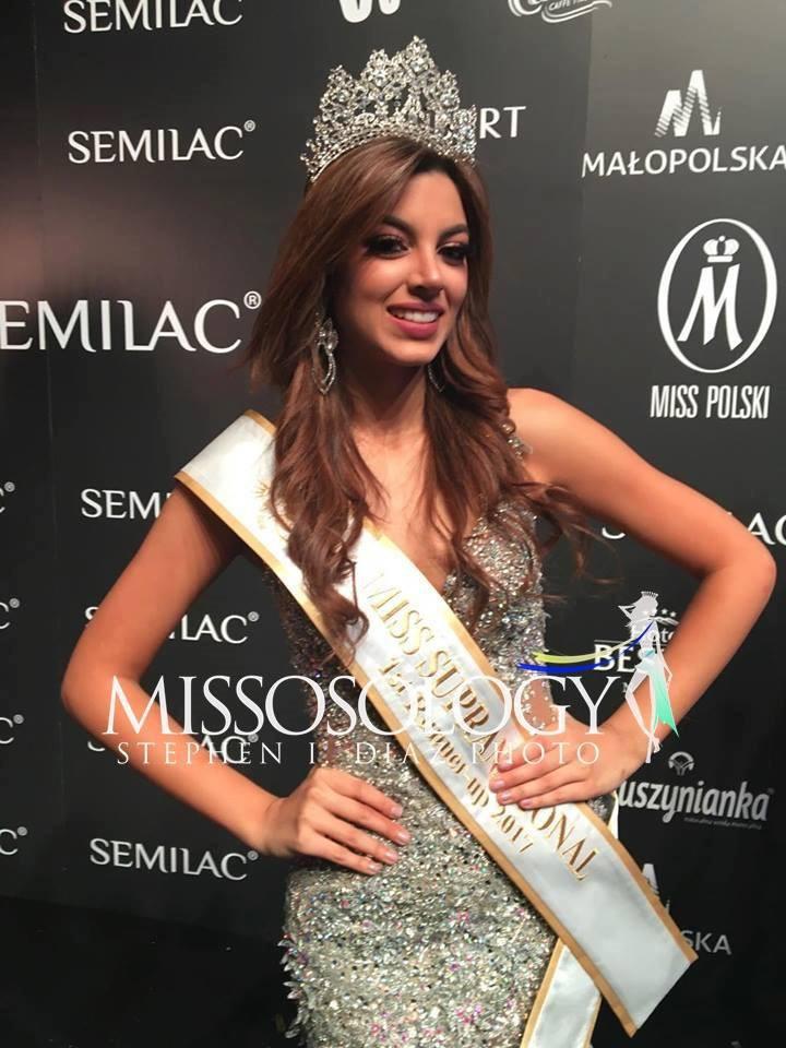Hoa hậu của 6 cuộc thi lớn nhất thế giới năm 2017: Người đẹp tuyệt trần, kẻ thì bị chê là thảm họa - Ảnh 17.