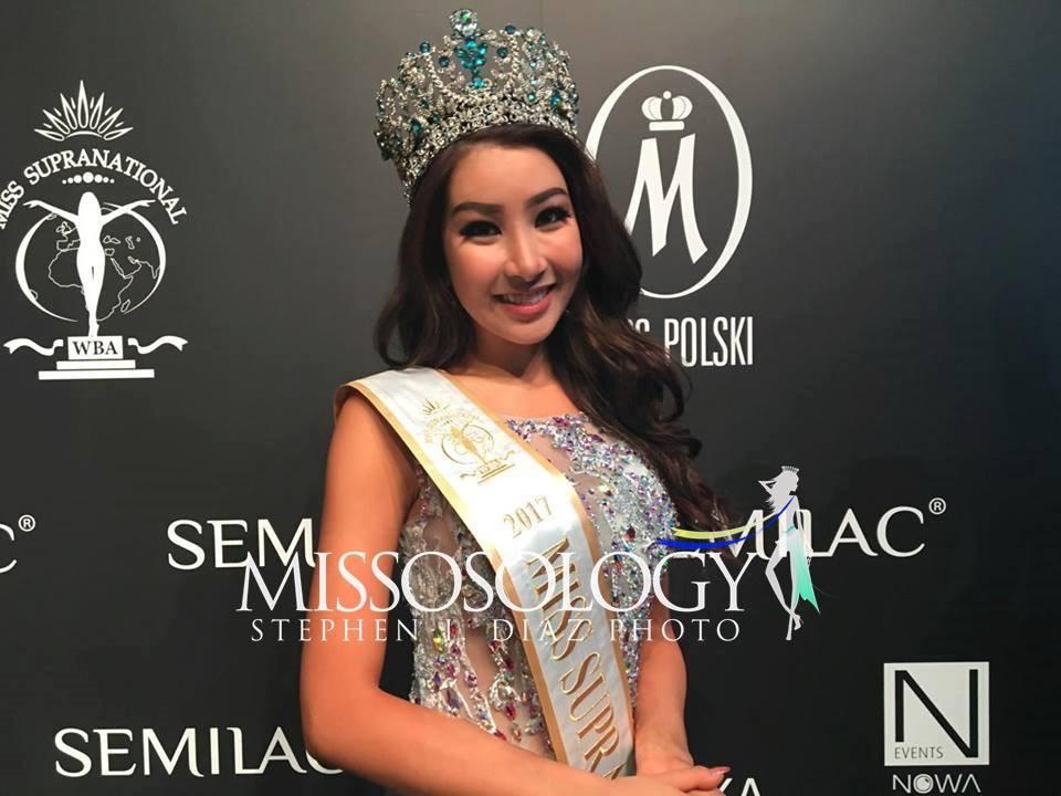Hoa hậu của 6 cuộc thi lớn nhất thế giới năm 2017: Người đẹp tuyệt trần, kẻ thì bị chê là thảm họa - Ảnh 15.