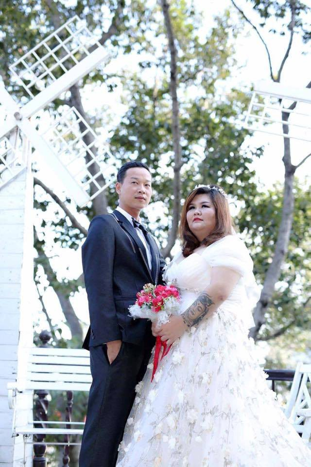 Vỗ béo người yêu từ 90kg lên 120kg rồi mới cưới, ông chồng của năm đây rồi! - Ảnh 5.